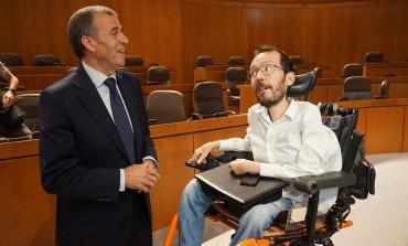 Antonio Cosculluela anuncia que en seis meses decidirá si deja la alcaldía de Barbastro o la presidencia de las Cortes