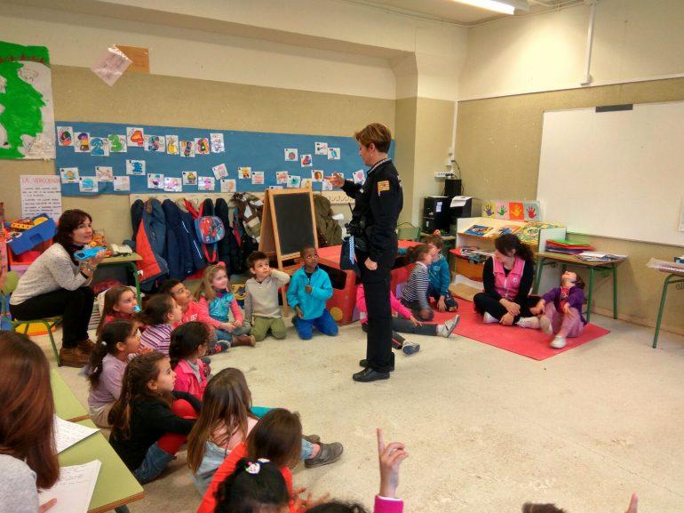 Actividades de la Policía Local con alumnado del colegio Pío XII