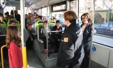 Los alumnos del colegio Sancho Ramírez aprenden pautas sobre seguridad vial, convivencia y transporte público