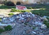 """IU """"señaliza"""" varios vertederos ilegales en el término municipal de Fraga"""