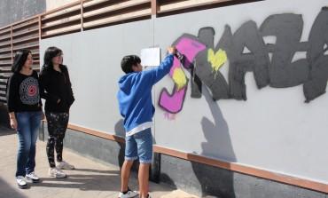 El Centro Joven crea un espacio para el graffiti