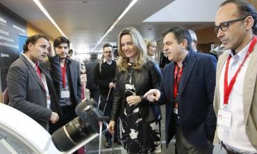El comercio eléctrico de Aragón se cita en Huesca