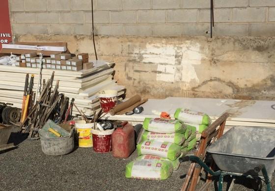La Guardia Civil detiene a los autores de dos delitos contra el patrimonio en explotaciones agrícolas