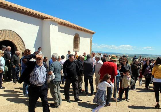 Vicién recuperada la ermita de San Gregorio en el día de la tradicional romería