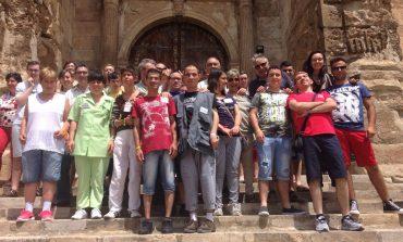 Treinta jóvenes con síndrome de Down de Huesca, Sicilia y Bulgaria conviven esta semana en un campamento europeo en Fonz