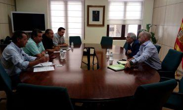 UAGA se ha reunido con el Consejero Olona para buscar financiación para los productores de fruta