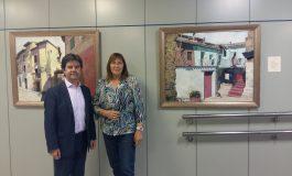 """El alcalde de Huesca visita la exposición """"Mi ciudad en la memoria"""""""