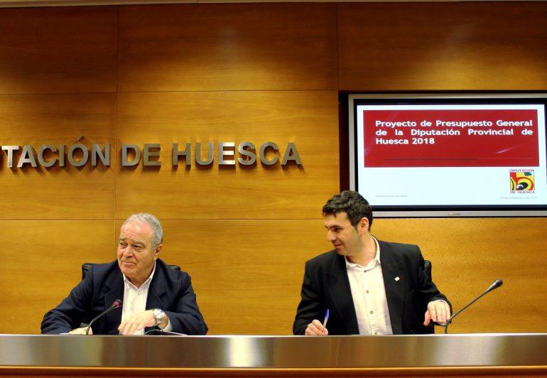 El respaldo a los ayuntamientos y la lucha contra la despoblación, ejes de la acción de la Diputación de Huesca para 2018