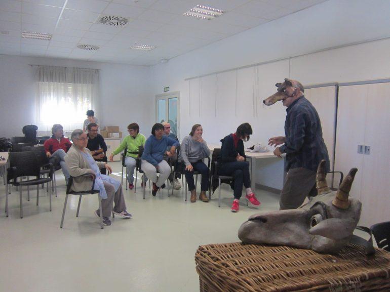 Atades Huesca desarrolla un proyecto de sensibilización con los Titiriteros de Binéfar