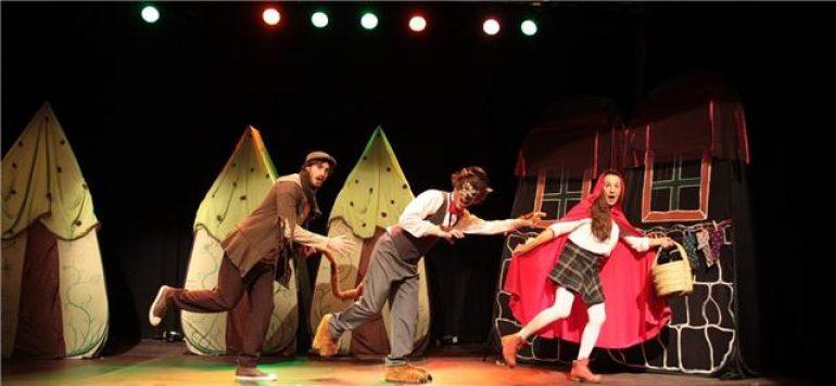 Actividades culturales en Huesca, el 23 de diciembre 'CaperuZita Roja' y el 3 de enero conciertos de Navidad