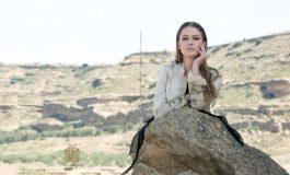 Un videoclip de una cantante británica y un catálogo de moda de la marca española T.ba, nuevos trabajos audiovisuales rodados en Los Monegros