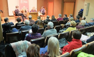 Los socialistas muestran su compromiso con el sistema público de pensiones en un acto del  PSOE Huesca