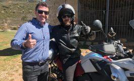 Miquel Silvestre recorre las rutas de Huesca la Magia On Road como participante del Premio Viajero Amex