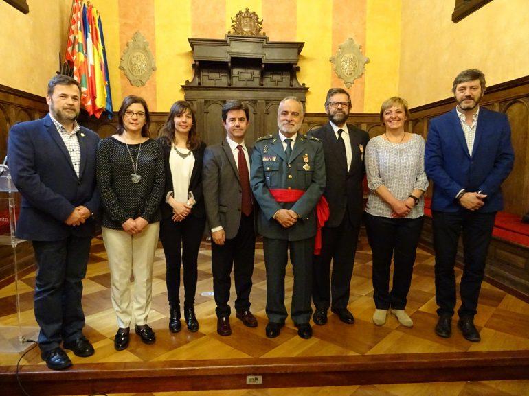 El alcalde de Huesca, Luis Felipe, preside la celebración de la fiesta de la Policía Local
