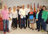 El Ayuntamiento felicita a Los Titiriteros de Binéfar por sus 40 años de trayectoria
