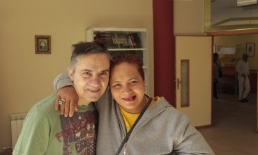 'Tan Solo un Poco', la campaña de Cruz Blanca Huesca para seguir acompañando las personas