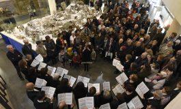 """Elisa Sancho lanza una mensaje de vuelta a las raíces y apela a un futuro """"que no se deje a nadie atrás"""" para el inicio de la Navidad en Huesca"""