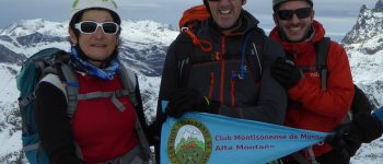El Club Montisonense de Montaña en la cima del Anayet 2575 m