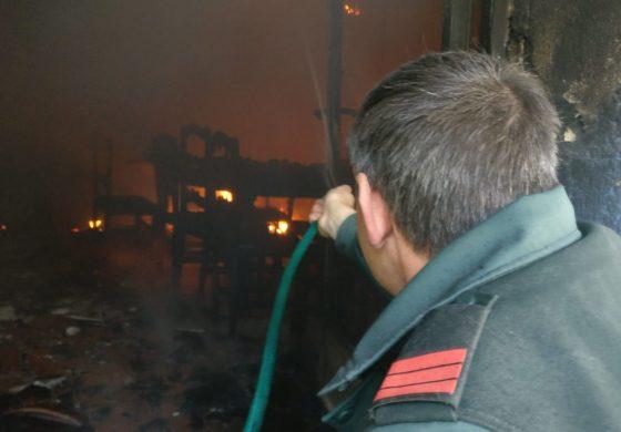 Incendio en una vivienda en Angües