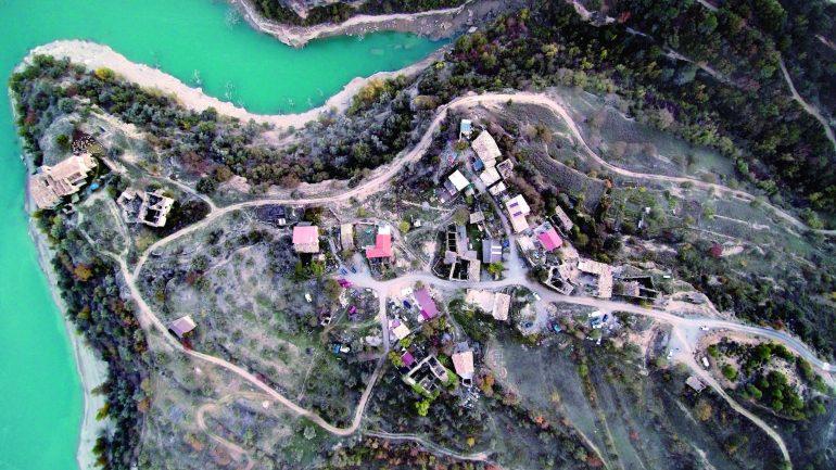 El arquitecto Sixto Marín conversa este jueves en la DPH de los pueblos recuperados en el Alto Aragón que toman forma de exposición