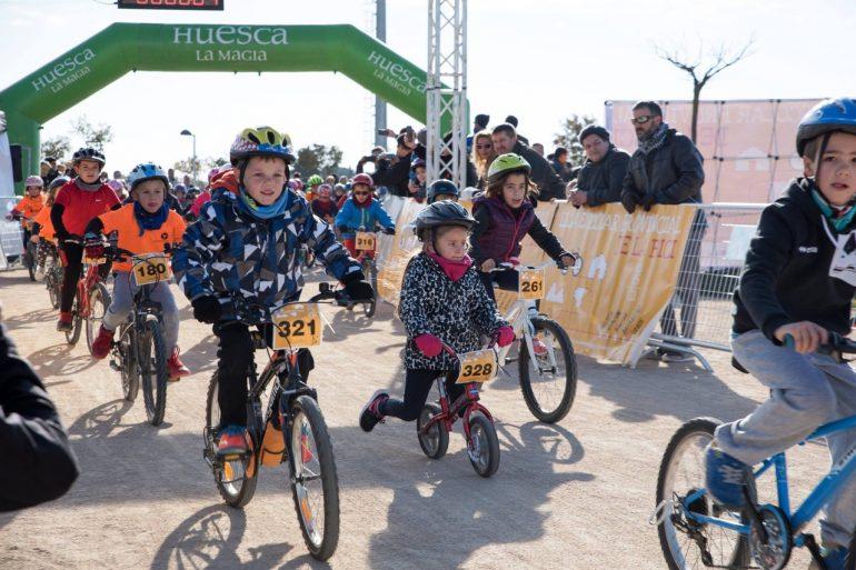La Liga Provincial de la Bici alcanza su ecuador en Binéfar con más de una decena de colegios participantes en cada prueba