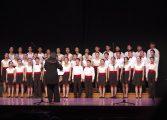 El Yip's Children Choir de Hong-Kong cautiva al público jaqués