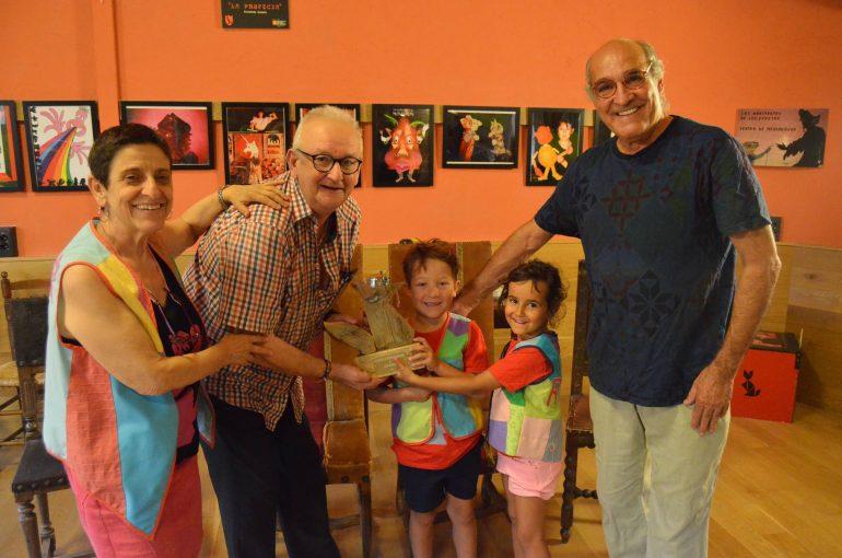 El II Festival País de Moñacos reconoce el trabajo con títeres de Luis Pardos y Teatro de Medianoche
