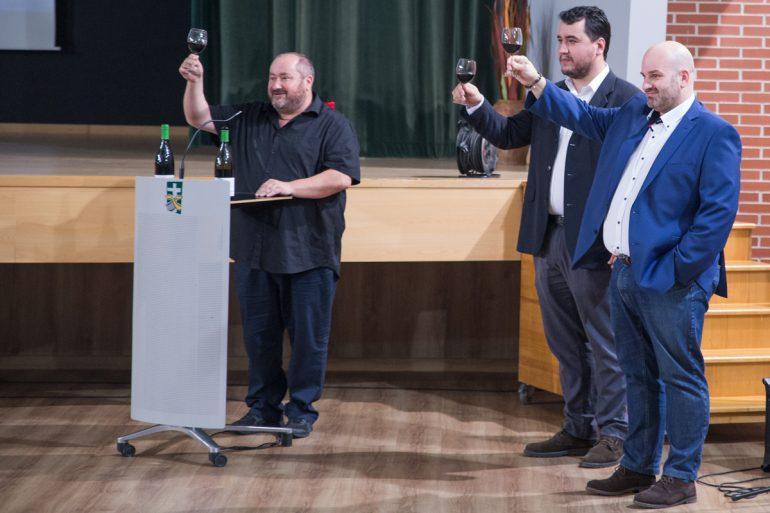 """Presentación del Vino """"Crianza solidario"""" Cruz, de Bodegas Valdovinos"""
