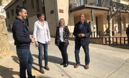 Los candidatos al Congreso y al Senado por el PSOE del Alto Aragón han visitado Salas Altas junto a su alcaldesa, Isabel Lisa