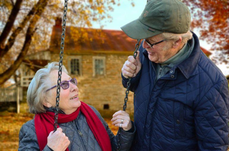 ¿Por qué pedir unas ayudas a domicilio, con las personas mayores?