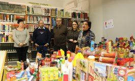 La Biblioteca Solidaria recoge 450 kilos de alimentos para Cáritas y Cruz Roja de Tamarite de Litera
