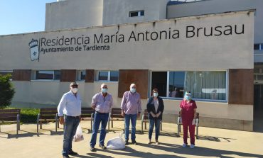 Ganaderos solidarios de UAGA donan 12 corderos a entidades sociales de Huesca