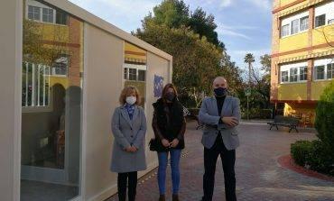 Residencia Pirineos y ARADE diseñan un módulo para que los mayores puedan recibir visitas en las residencias durante el invierno