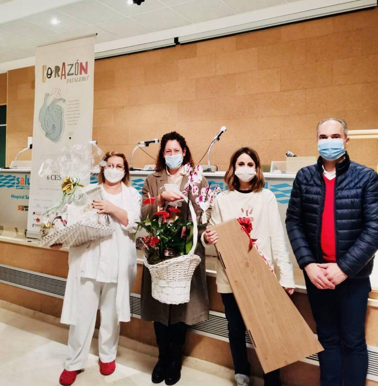 Los pequeños empresarios oscenses entregan sus premios solidarios en el Hospital San Jorge