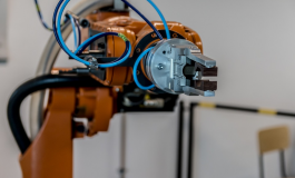 Aunav.NEO, el robot fabricado en Huesca para desactivar explosivos es importado a Asia