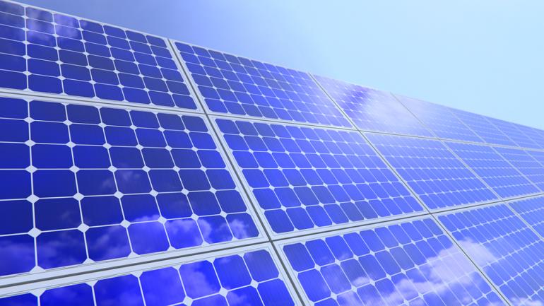 Amazon desarrolla proyectos de energías renovables en Zaragoza, Badajoz y Sevilla