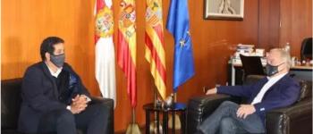 El presidente de la DPH recibe al Delegado del Frente Polisario para España